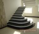 Escada em Granito Preto São Gabriel.